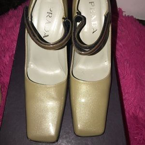AUTH Prada shoes size 7.5